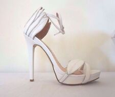 Size 7 Shoe Dazzle Madison White High Heels New in Box Angel Wings Cute!