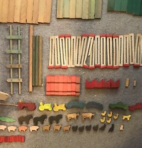 Lincoln Logs Huge Lot Of 325+Pieces! Roofs Slats, Signs, Big Logs, and More