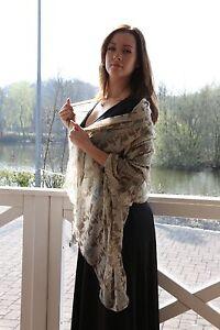 Umhängetuch Pareo Strand Tuch Schal Rentier Druckmotiv sehr weich leicht grau