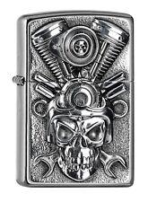 ZIPPO Benzin Feuerzeug Street Chrom V2 Engine Skull Emblem 2005716 NEUHEIT 2018