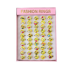 50pcs Cute Girl Emoji Smile Emoticons Cabochon Rings Jewelry Wholesale Pink Box