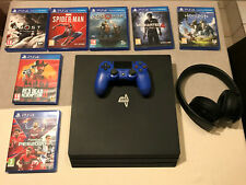 Sony PlayStation 4 Pro 1To + jeux + casque
