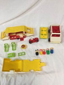 Vintage 1980 Fisher Price Little People Pop Up Camper #992 Very  Good Condition