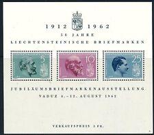 Briefmarken aus Liechtenstein mit Flaggen-und Wappen-Motiv