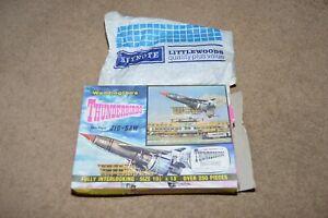 Vintage Waddingtons THUNDERBIRDS 250 piece jigsaw puzzle 1965 Thunderbird 1