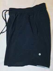 Men's Lululemon Shorts -Reflective Detail - Size M
