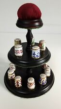 VINTAGE ROYAL CROWN DERBY 15 HISTORICAL THIMBLE COLLECTION AND STAND