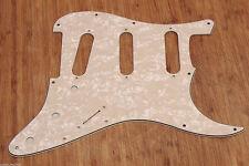 Golpeador Stratocaster Blanco Envejecido Perlado 3 Capas Pickguard Aged White