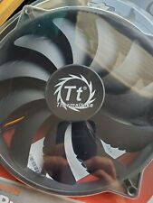 Thermaltake pure 20 Fan chilling effect silent operation 200mm x 200mm x30mm