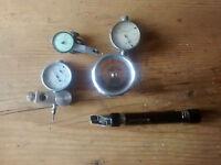 Konvolut Uhrmacherwerkzeug 3 - Messuhren und Lupe