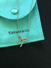Tiffany & Co. de Platino Diamante Colgante con Collar Pequeño