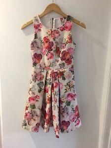 Gorgeous Ribbon Floral Lace Skater Dress,Size 6, Good Condition