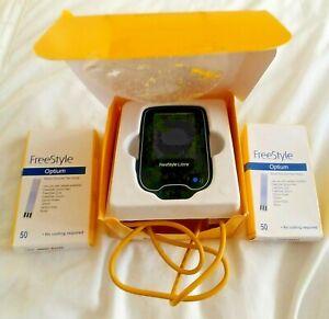 Abbotts Freestyle Libre Glucose Monitoring System READER + 100 NEW Optium strips