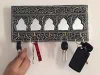 Key Holder Wall Mounted Mirror Antique Wooden Style Key Rack Creative Decorative