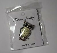 New Cute Big Eye Owl Pin brooch women's