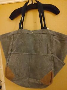 FREE PEOPLE FREMONT Chambray Blue Tan Gray Reversible Tote Bag w Pouch NWT Large