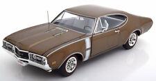 1:18 Ertl/Auto World Oldsmobile 442 W-30 1968 brownmetallic/white