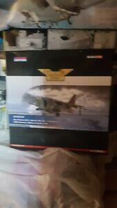 CORGI AVIATION-AA32416 HARRIER GR3 1 SQN HMS HERMES FALKLANDS 1982 ONLY 420