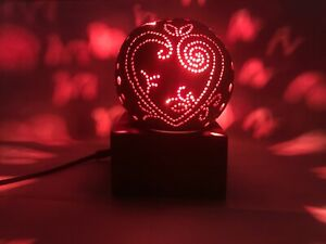 COCONUT SHELL ELECTRICAL  CREATIVE  AND SPREADING COLOR PATTERNS NIGHT LAMP