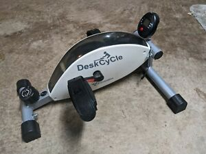 3D Innovations DeskCycle Under Desk Cycle Pedal Exerciser with Monitor. Great