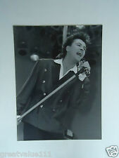 PAUL YOUNG PHOTO LIVE AID 1985 HUGE UNRELEASED 16 INCH x12 INCH UNIQUE IMAGE  85