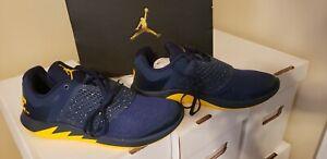 michigan wolverines Nike Grind 2