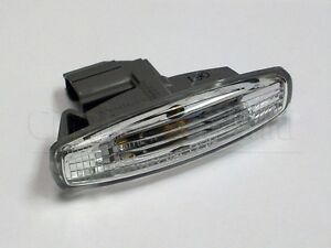 New OEM Infiniti M35 M45 Side Marker Light Lamp Assembly w/ Bulb 2008-2010