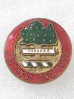 EARLY WWII US ARMY 5th FIELD ARTILLERY REGIMENT DI dui SB Screwback Pin JR Gaunt