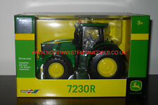 43089A1 BRITAINS FARM JOHN DEERE 7230R MODEL TRACTOR (MIB) **NEW**