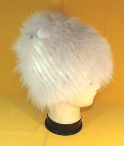 Natural andatra fur women winter hat with arctic fox