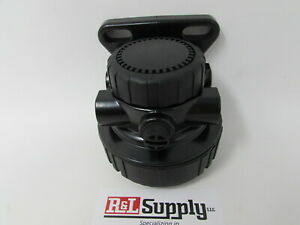 NEW JOHN DEERE FUEL FILTER HEAD RE500160 WOOD CHIPPER AIR COMPRESSOR EQUIPMENT