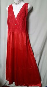 """Amoureuse Red Nightgown  and Robe Lace Bodice Sexy Long Size 1X  48"""" BUST"""