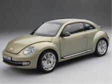 VW Beetle coupé (moon rock plata)
