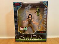 Hasbro Kenner Alien Resurrection Ripley Action Figure! 1997!