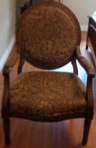Beautiful Large Accent  Armchair – GORGEOUS UPHOLSTERY –BEAUTIFUL ACCENT CHAIR