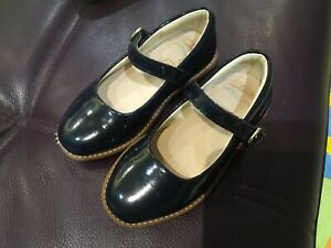 GIRLS school CLARKS NAVY BLUE PATENT LEATHER BUCKLE FLAT SHOES SIZE 7 Infant