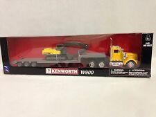 Kenworth W900 w/ Lowboy Trailer Hauling an Excavator,1:43 Diecast,New Ray Toy,YL