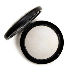 MAC MINERALIZE SKIN FINISH BARELY DRESSED FULL SIZE 8G AUTHENTIC NEW IN BOX