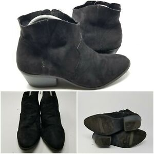 Time and Tru Black Suede Low Top Bootie Comfort Boot Shoes Women Size 10