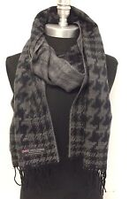 New 100% CASHMERE SCARF HOUNDSTOOTH Black/Gray PLAID MADE IN SCOTLAND UNISEX