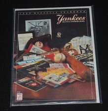 1989 NY Yankees Official Baseball Yearbook-NM