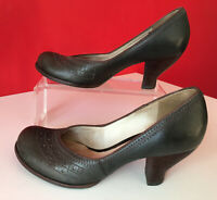 Clarks Brown Retro Leather Small Chunky Heel Court Shoes Size 4.5 EUR 37.5