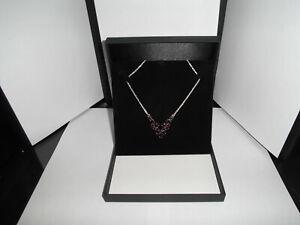 Collierschachtel mit Seide und Samt Farbe Schwarz 165 x 159 x 29 mm