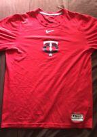 Minnesota Twins Nike T-Shirt Size Small