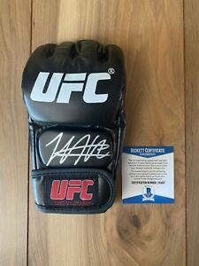 Khabib Nurmagomedov Signed UFC Glove COA Beckett #Z10407