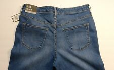 Mossimo Denim Women's Size 12 R High Rise Flare Crop Jeans (A8)