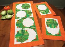 Cut Loose Press Fried Green tomatoes Table Runner Pattern