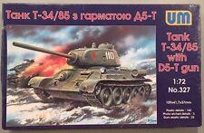 UM 1:72 Tank T-34/85 with D5-T Gun Model Kit #327