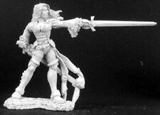 Reaper Miniatures Lonnia, Female Duelist #02981 Dark Heaven Unpainted Metal