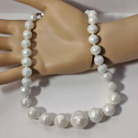 Vintage Single Strand Graduated White Faux Pearl Choker Necklace VTG Jewelry